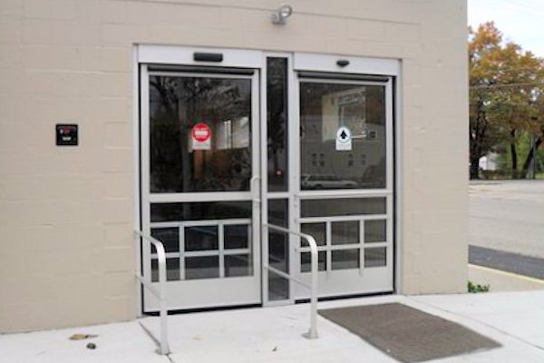 Gallery automatic door service
